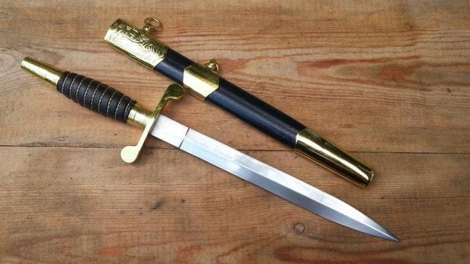 Морской нож Кортик с чехлом