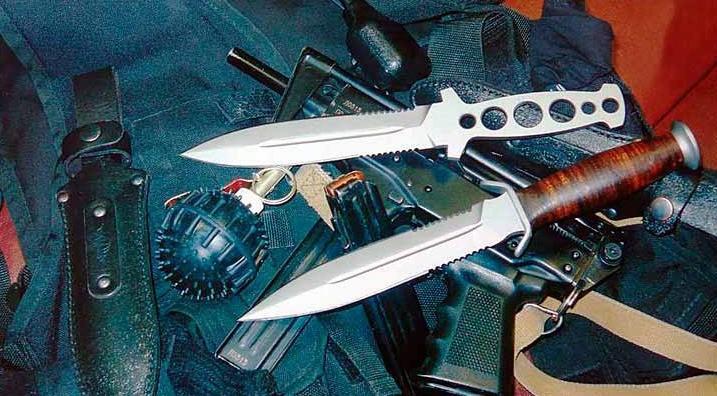 2 типа ножей шайтан - склетный и с кожаной рукоятью