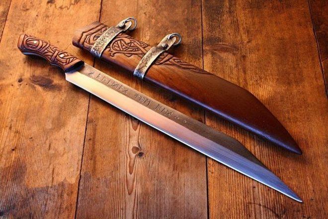 Нож скрамасакс