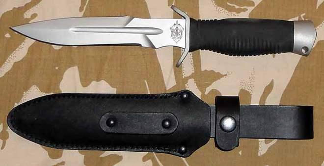 Нож Кайман с чехлом
