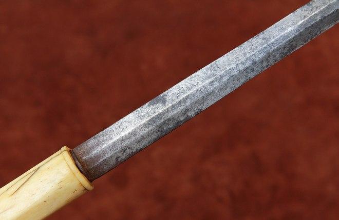 Русский подсаадачный нож