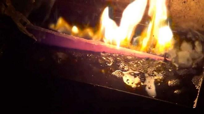Закалка ножа на огне