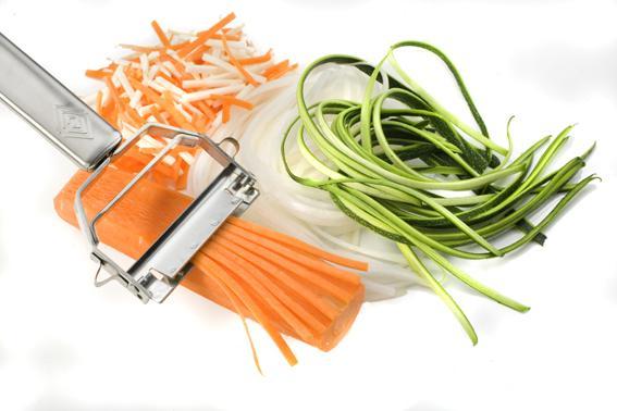 Нож для нарезки овощей соломкой