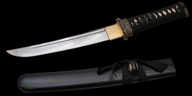 Японский нож с ножнами