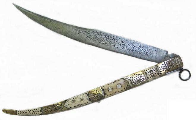 Нож Новахон