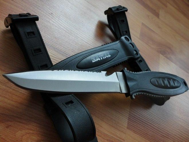 Крепление для подводного ножаПодводный нож с креплением