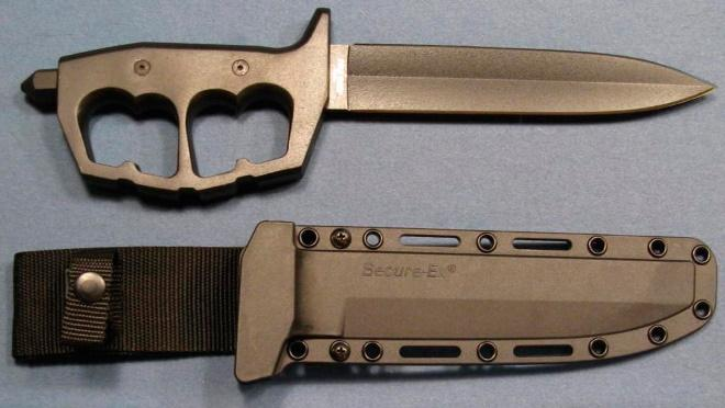 Современный окопный нож с ножнами