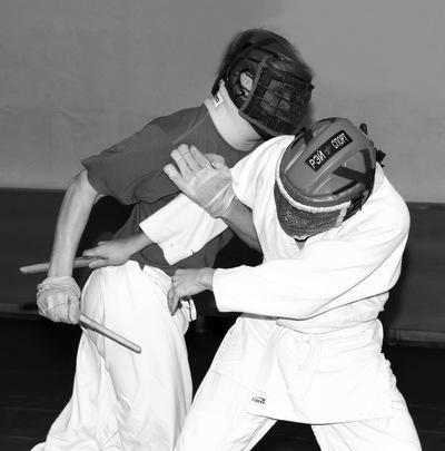 Ножевой бой в действии