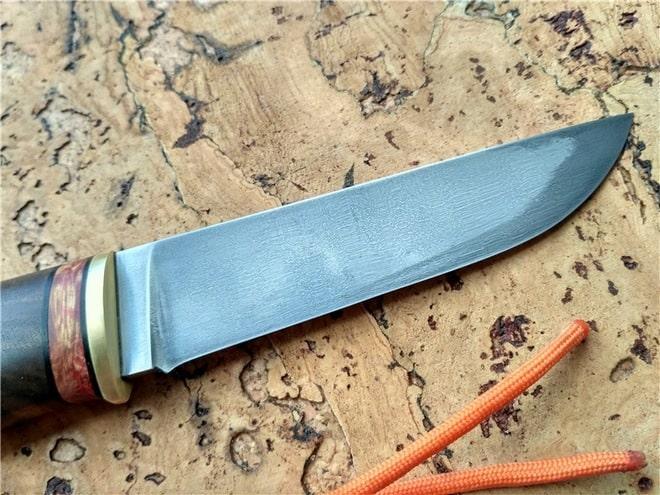 Выточенный нож