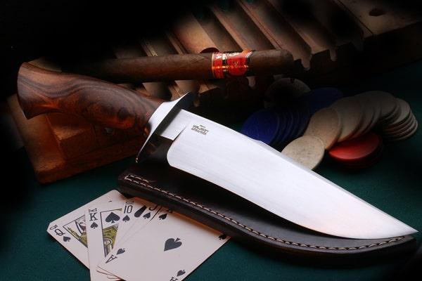 Нож в подарок