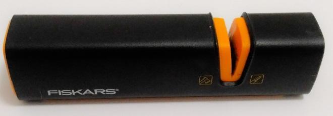 Точилка для ножей и топоров Fiskars