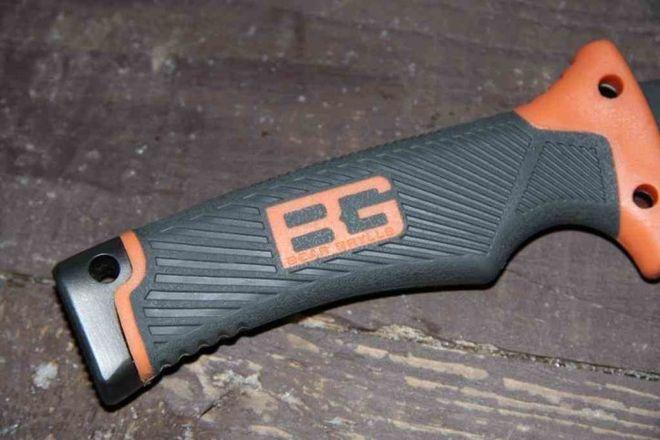 Эргономичная ручка ножа Беара Гриллса