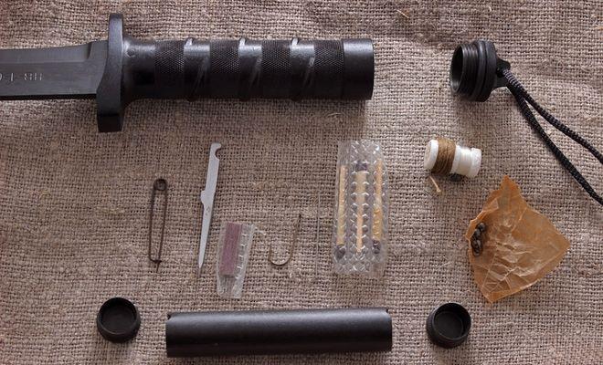 Комплект НАЗ в рукояти ножа Басурманин