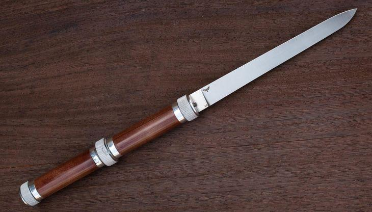 Нож Фортель в разложенном состоянии