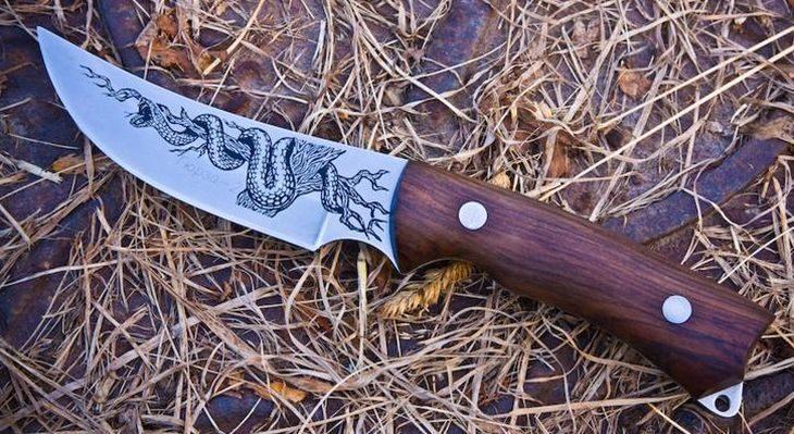 Нож Гюрза 2 Кизляр с гравировкой