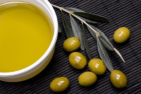 масло оливковое для заточки.