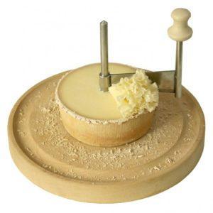Жироль: нож для сыра.