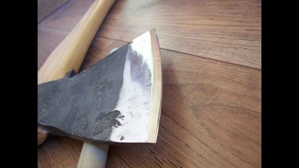 Как сделать топор своими руками.