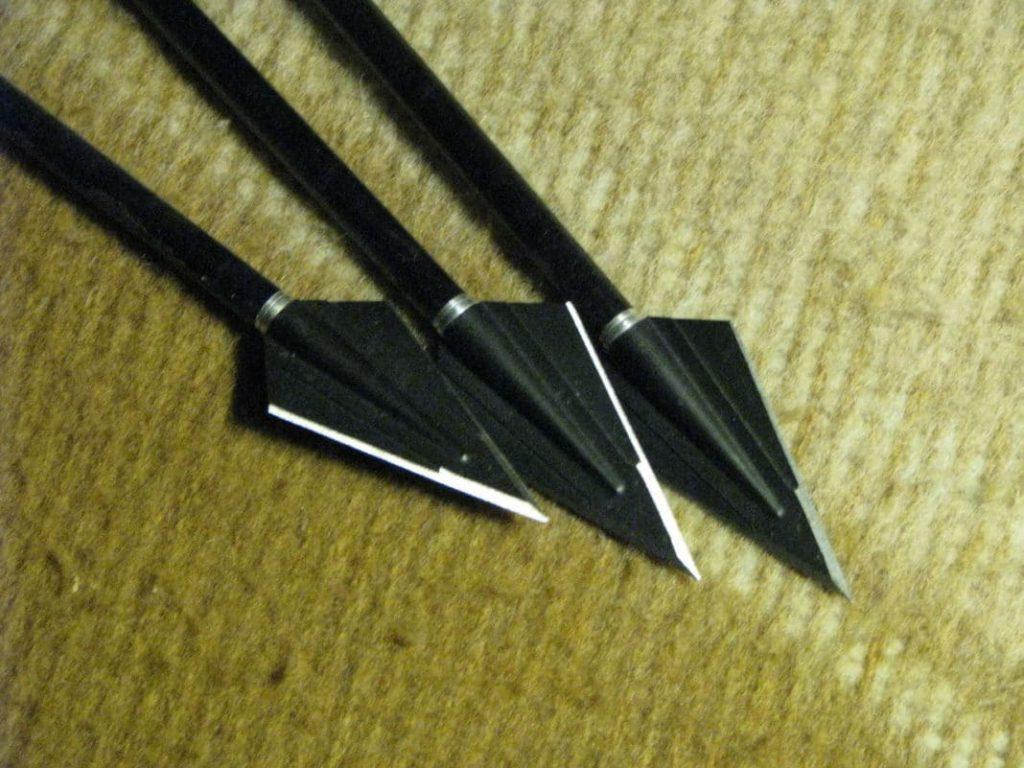 Охотничьи наконечники для стрел.