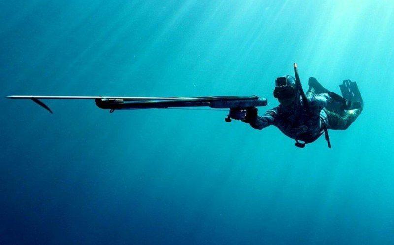 Пружинное ружье для подводной охоты.
