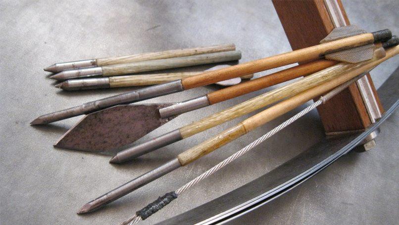 Стрелы для арбалета.